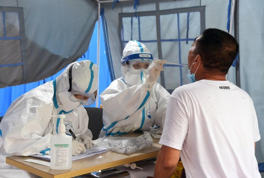 'Trả ơn' Bắc Kinh, Vũ Hán điều y bác sĩ đến thủ đô giúp chống dịch COVID-19 Ảnh 1