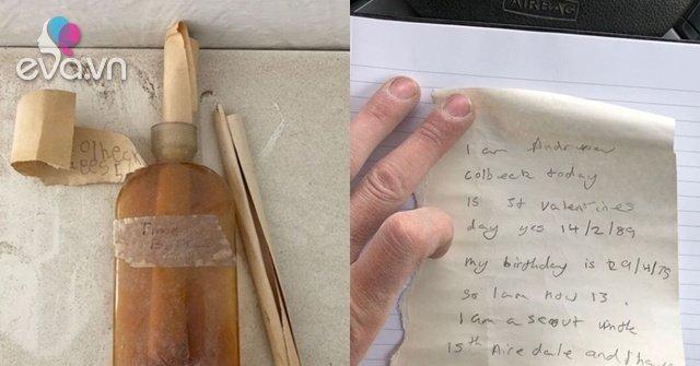 Bật khóc phát hiện bí mật trong chiếc chai giấu trong tường của ngôi nhà cũ Ảnh 1
