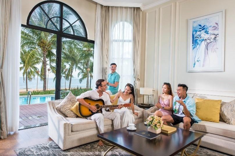 Giải mã sức hút kỳ nghỉ biệt thự biển - xu hướng du lịch thời thượng thế giới Ảnh 1