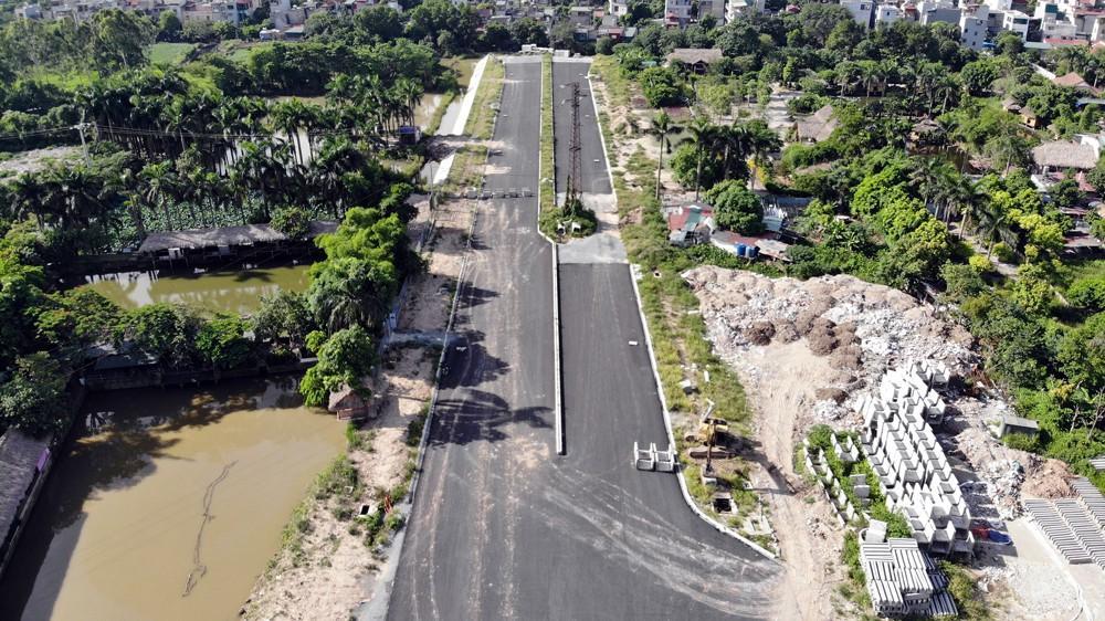 Nhìn gần con đường 'nghìn tỷ' ở trung tâm Hà Nội sau hai năm làm được vài trăm mét Ảnh 1