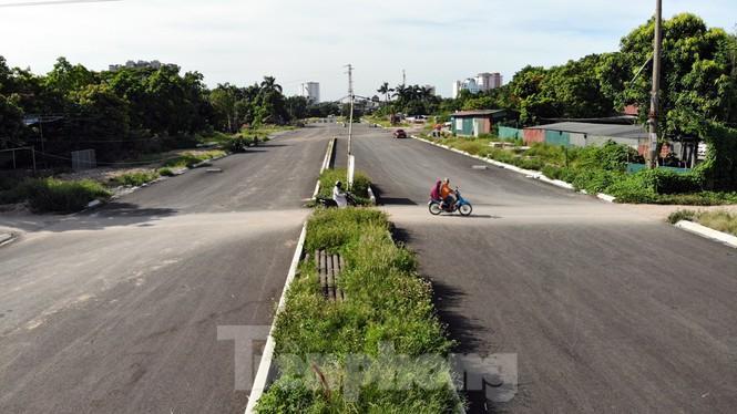 Nhìn gần con đường 'nghìn tỷ' ở trung tâm Hà Nội sau hai năm làm được vài trăm mét Ảnh 13