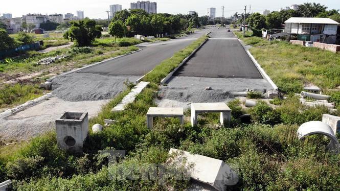 Nhìn gần con đường 'nghìn tỷ' ở trung tâm Hà Nội sau hai năm làm được vài trăm mét Ảnh 4