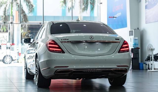 Độ cực độc, Mercedes-Benz S 450 Luxury phiên bản vàng hồng vẫn có giá bán lại rẻ hơn cả tỷ đồng dù mới chạy 12.000km Ảnh 3