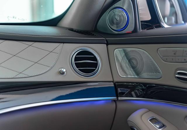 Độ cực độc, Mercedes-Benz S 450 Luxury phiên bản vàng hồng vẫn có giá bán lại rẻ hơn cả tỷ đồng dù mới chạy 12.000km Ảnh 17