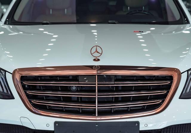 Độ cực độc, Mercedes-Benz S 450 Luxury phiên bản vàng hồng vẫn có giá bán lại rẻ hơn cả tỷ đồng dù mới chạy 12.000km Ảnh 8