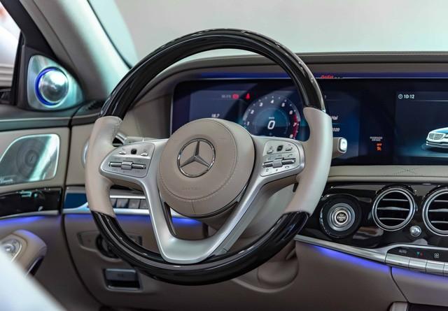Độ cực độc, Mercedes-Benz S 450 Luxury phiên bản vàng hồng vẫn có giá bán lại rẻ hơn cả tỷ đồng dù mới chạy 12.000km Ảnh 14