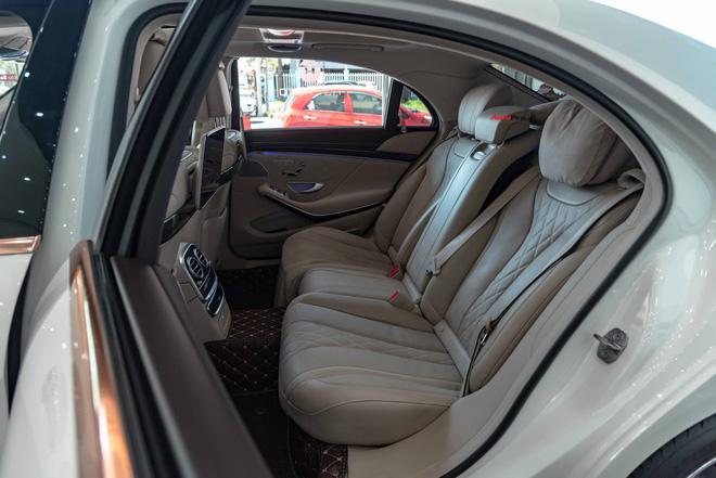 Độ cực độc, Mercedes-Benz S 450 Luxury phiên bản vàng hồng vẫn có giá bán lại rẻ hơn cả tỷ đồng dù mới chạy 12.000km Ảnh 20
