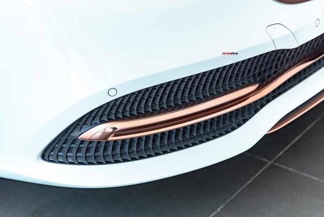 Độ cực độc, Mercedes-Benz S 450 Luxury phiên bản vàng hồng vẫn có giá bán lại rẻ hơn cả tỷ đồng dù mới chạy 12.000km Ảnh 5