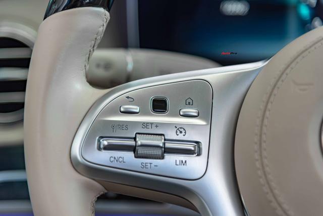 Độ cực độc, Mercedes-Benz S 450 Luxury phiên bản vàng hồng vẫn có giá bán lại rẻ hơn cả tỷ đồng dù mới chạy 12.000km Ảnh 15