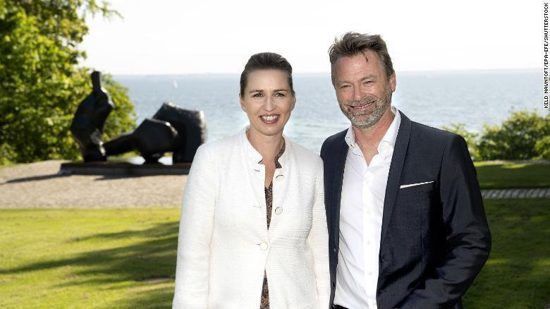 Thủ tướng Đan Mạch hoãn đám cưới để đi họp về COVID-19 Ảnh 1