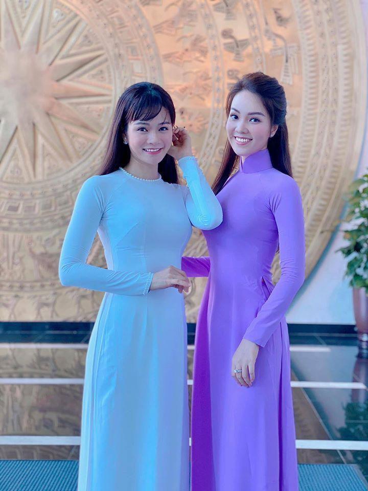 Hoa hậu Diễm Hương mặc áo tắm đỏ rực khoe đường cong uốn lượn nóng bỏng Ảnh 13