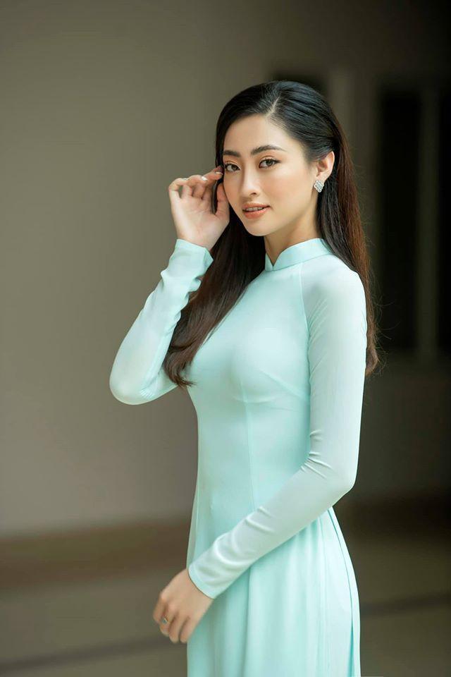 Hoa hậu Diễm Hương mặc áo tắm đỏ rực khoe đường cong uốn lượn nóng bỏng Ảnh 5