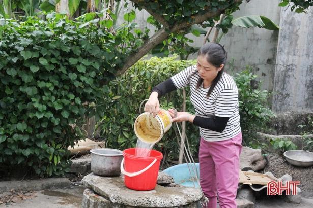Người phụ nữ ở Hà Tĩnh 11 năm chăm sóc hàng xóm tật nguyền Ảnh 5