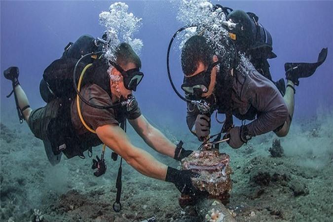 Đố bạn biết vì sao cáp quang Internet lại được đặt dưới đáy biển? Ảnh 1