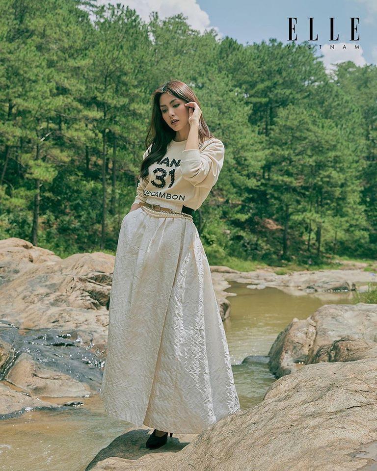 Tăng Thanh Hà khoe thần thái đỉnh cao, xứng danh 'ngọc nữ' trong bộ ảnh chụp tại Đà Lạt Ảnh 7