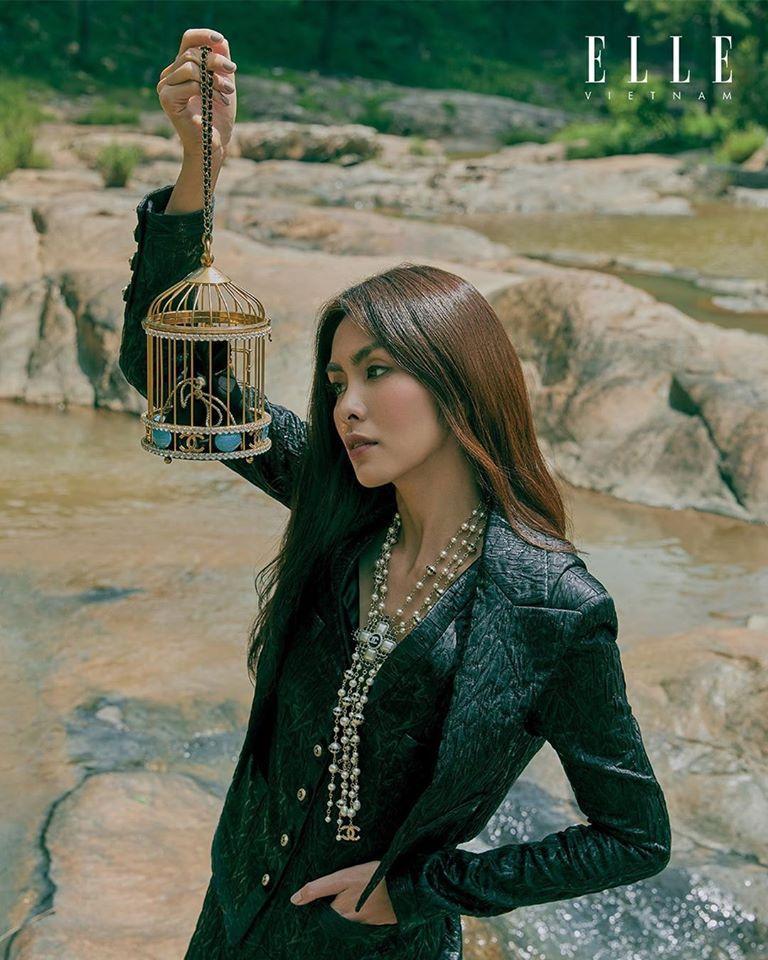 Tăng Thanh Hà khoe thần thái đỉnh cao, xứng danh 'ngọc nữ' trong bộ ảnh chụp tại Đà Lạt Ảnh 4