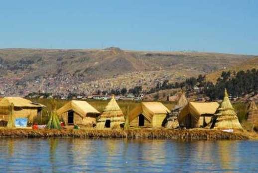 Cuộc sống trên mặt nước tại những ngôi làng nổi kỳ lạ nhất thế giới Ảnh 2