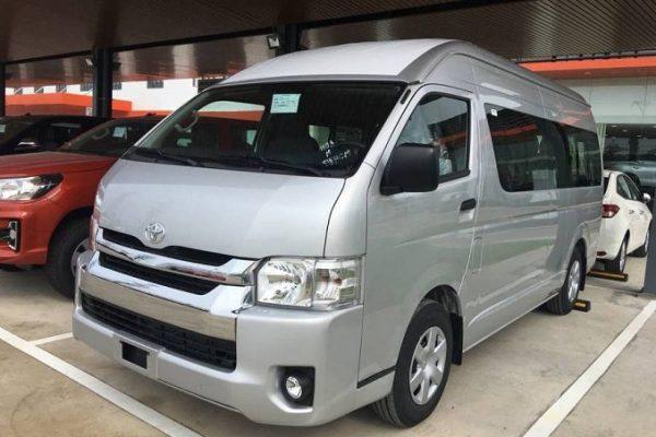 Bảng giá xe Toyota tháng 07/2020: Ra mắt 3 xe nhập khẩu mới Ảnh 1