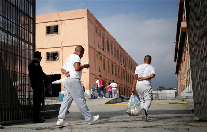 Bàn thờ tử thần trong nhà tù nguy hiểm bậc nhất Mexico Ảnh 5