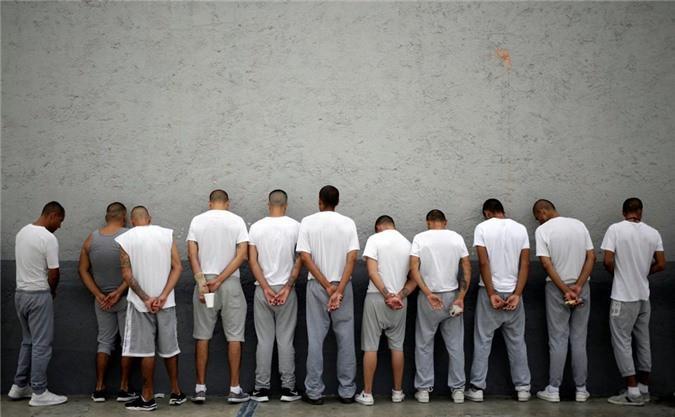 Bàn thờ tử thần trong nhà tù nguy hiểm bậc nhất Mexico Ảnh 11