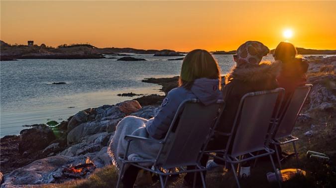 Đảo Na Uy muốn trở thành nơi đầu tiên trên thế giới 'không có thời gian' Ảnh 4