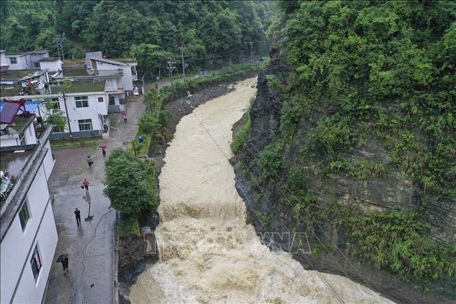 Miền Nam Trung Quốc tiếp tục đối mặt nguy cơ lũ lụt nghiêm trọng Ảnh 1