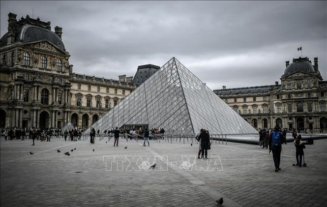 Bảo tàng Louvre mở cửa trở lại Ảnh 1