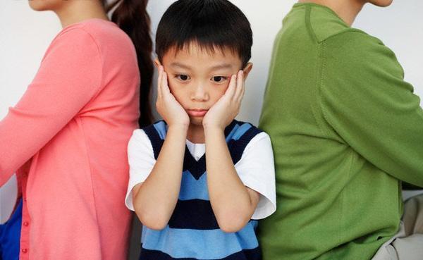 Sai lầm tai hại khi cố sống chung vì con, để lại hậu quả nặng nề cho đưa trẻ mà không biết Ảnh 1