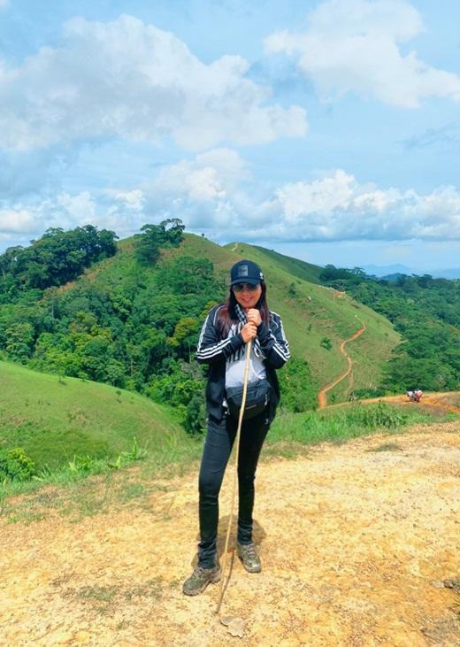 Hoa hậu Hằng Nguyễn chinh phục Tà Năng - Phan Dũng, cung đường trekking đẹp nhất Việt Nam Ảnh 2