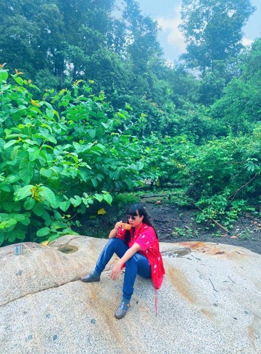 Hoa hậu Hằng Nguyễn chinh phục Tà Năng - Phan Dũng, cung đường trekking đẹp nhất Việt Nam Ảnh 1