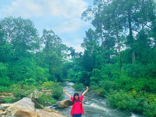 Hoa hậu Hằng Nguyễn chinh phục Tà Năng - Phan Dũng, cung đường trekking đẹp nhất Việt Nam Ảnh 3