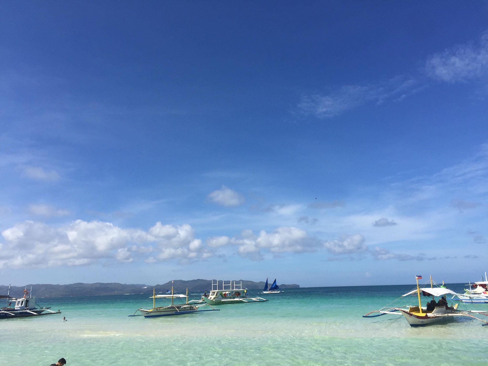 Từ bãi biển ngập ngụa rác, Boracay đã khiến nhiều người kinh ngạc vì sự thay đổi này Ảnh 6