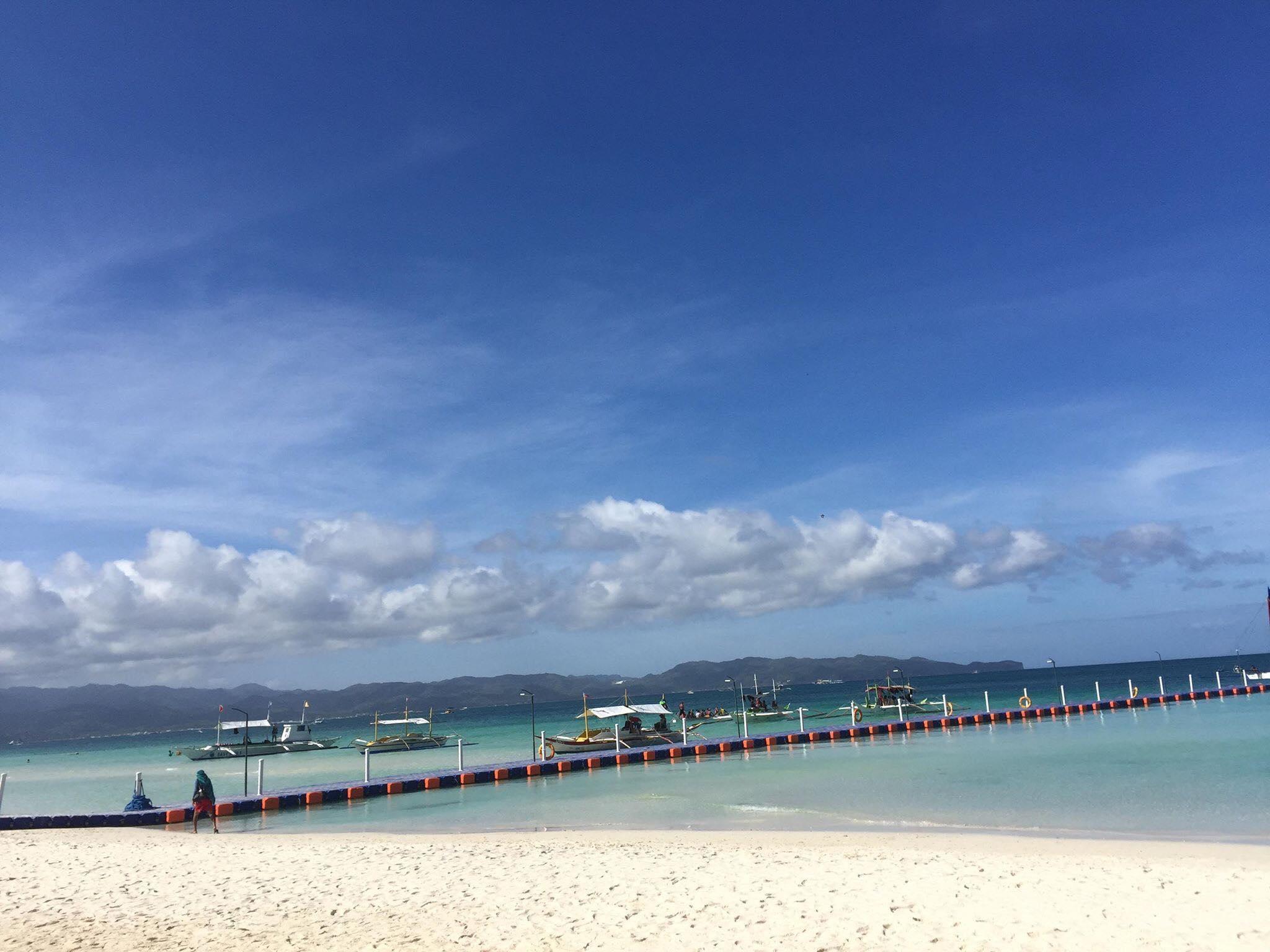 Từ bãi biển ngập ngụa rác, Boracay đã khiến nhiều người kinh ngạc vì sự thay đổi này Ảnh 4