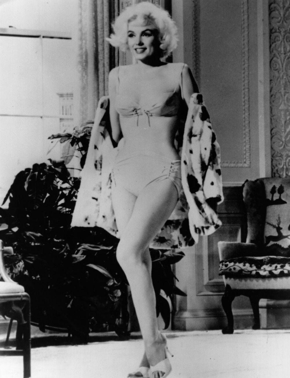 Những bộ áo tắm 'huyền thoại' trong giới thời trang Ảnh 4