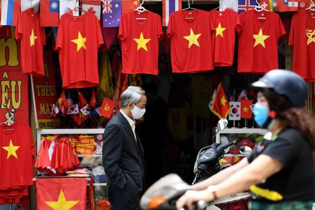 CNBC ca ngợi thành tựu chống dịch Covid-19 'chấn động thế giới' của Việt Nam Ảnh 5