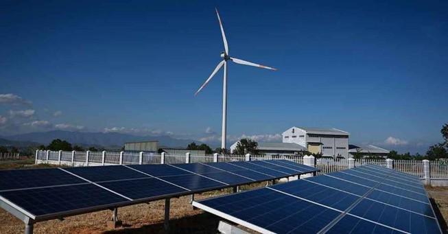 'Ông trùm' Thái muốn mua thêm nhà máy điện mặt trời Việt Nam Ảnh 1