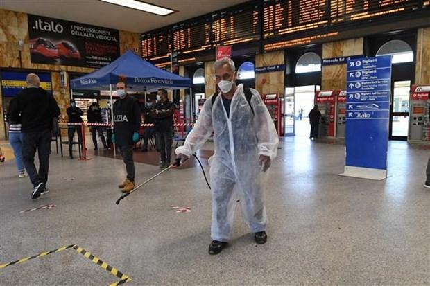 Italy cấm nhập cảnh người đến từ 13 nước có nguy cơ lây nhiễm cao Ảnh 1