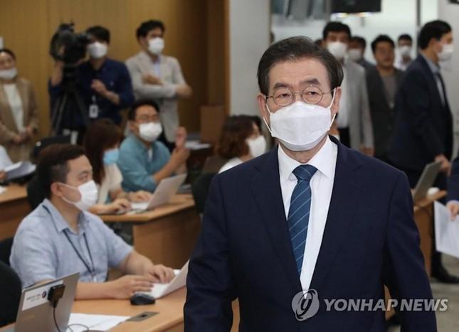 Thị trưởng Seoul: Từ ứng viên Tổng thống tiềm năng tới bê bối tình dục Ảnh 4