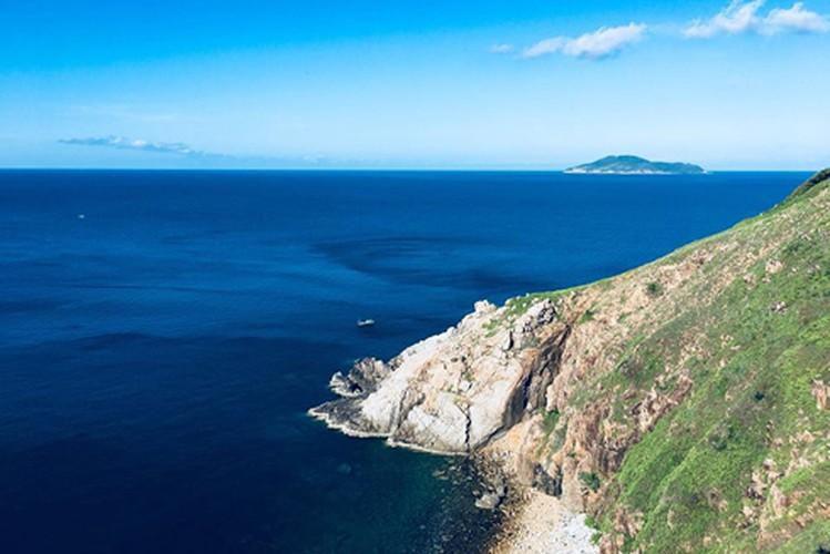 Khám phá mũi Tàu Bể bí ẩn ở Côn Đảo Ảnh 1