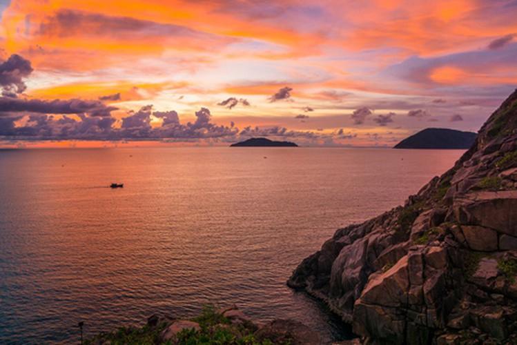 Khám phá mũi Tàu Bể bí ẩn ở Côn Đảo Ảnh 5