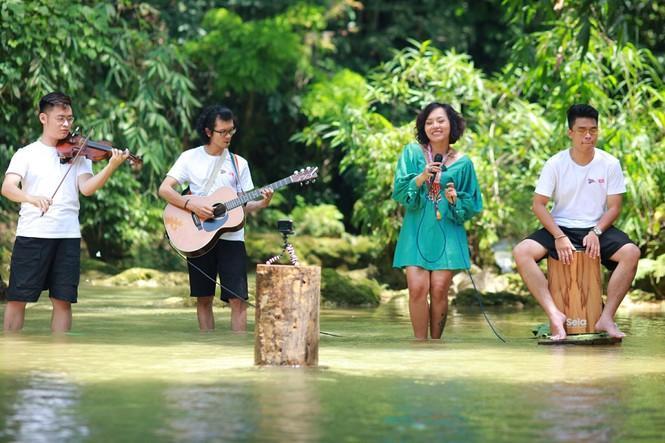 'Du ca - đi và hát': Cùng Thái Thùy Linh mang âm nhạc đến mọi nẻo đường đất Việt Ảnh 4