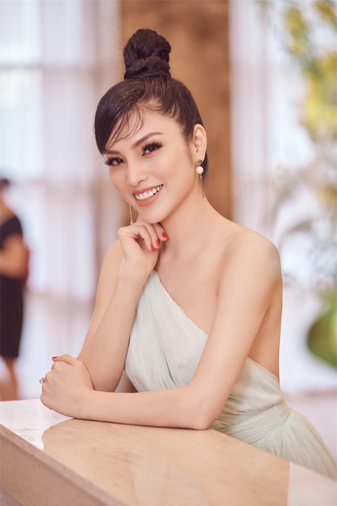 Kim Huyền Sâm khoe vóc dáng mảnh mai, nuột nà Ảnh 8