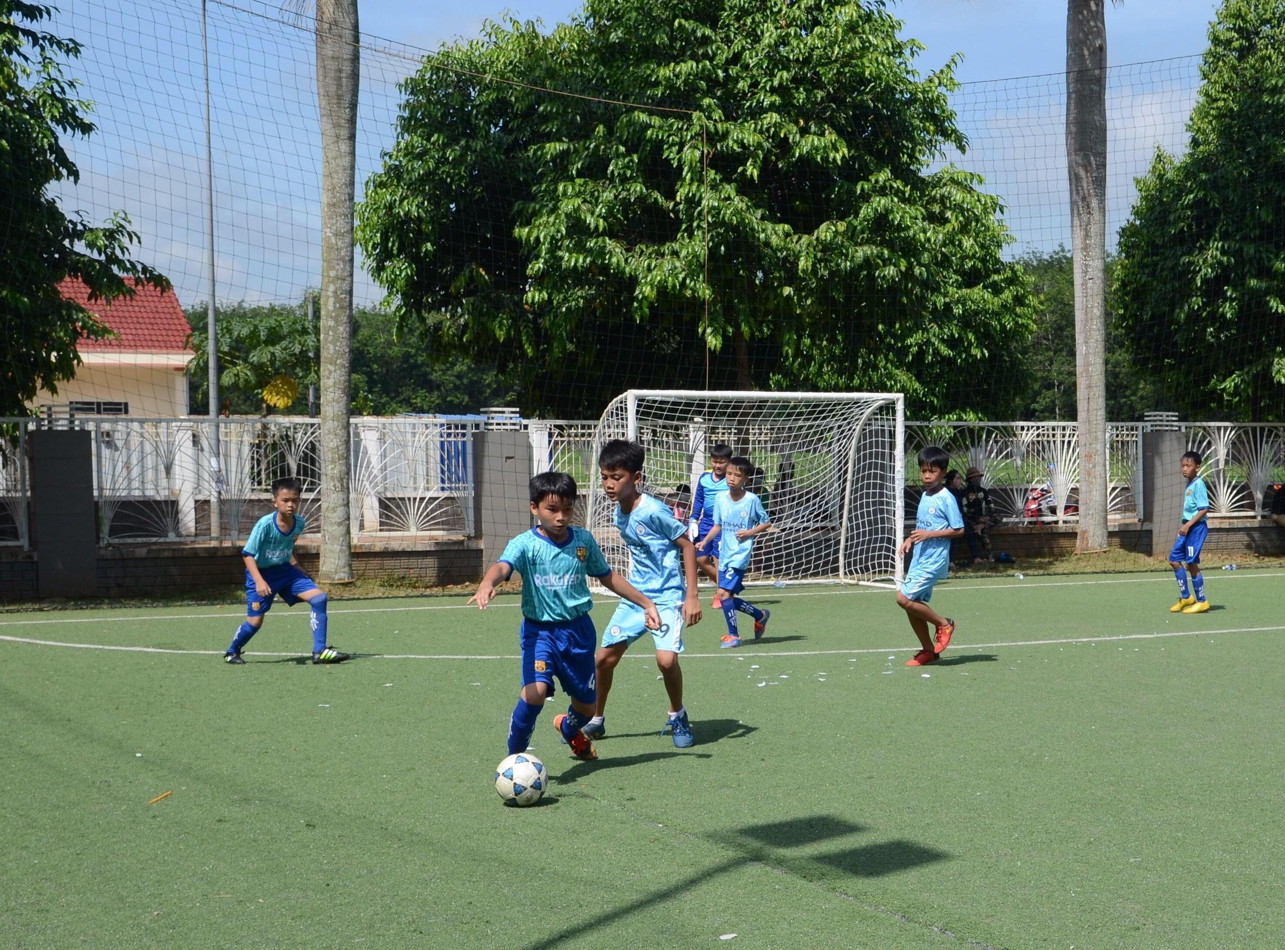 Huyện Châu Đức: 31 đội bóng dự giải bóng đá mini U11, U13 lần II năm 2020 Ảnh 2