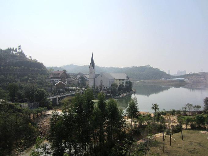 Trung Quốc chi 23.000 tỷ đồng để 'photocopy' ngôi làng 7000 tuổi đẹp nhất thế giới Ảnh 3