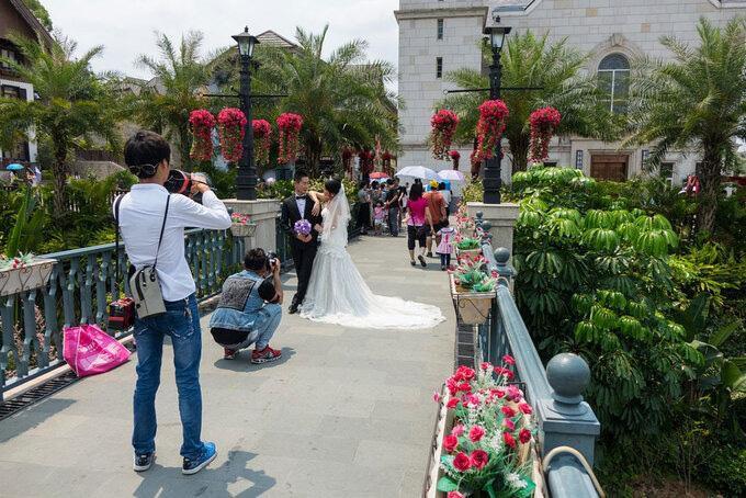 Trung Quốc chi 23.000 tỷ đồng để 'photocopy' ngôi làng 7000 tuổi đẹp nhất thế giới Ảnh 4