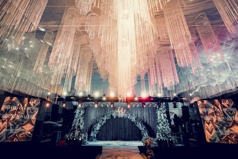 Không gian tiệc cưới xa hoa gây xôn xao tại Cần Thơ Ảnh 4