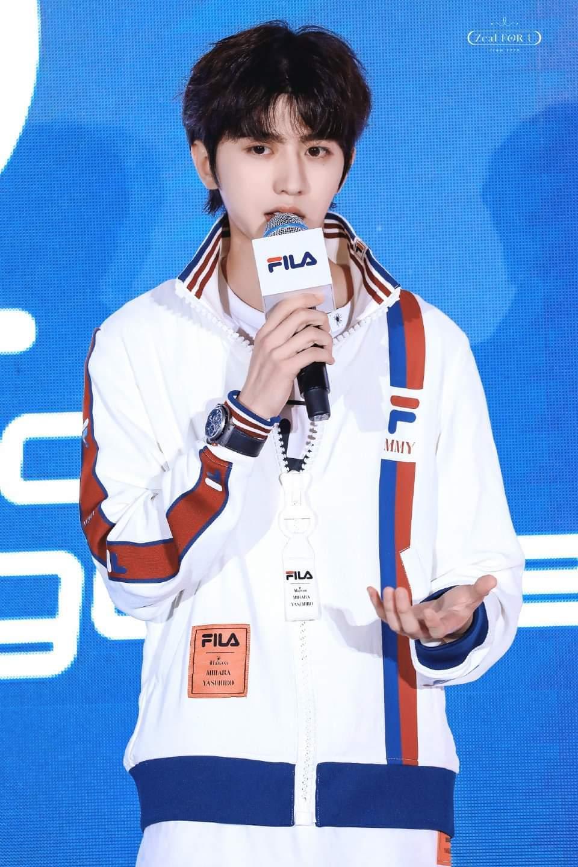 Thái Từ Khôn lập được kì tích khi trở thành người phát ngôn của FILA, suýt chút nữa đã là thành viên của TFBOYS Ảnh 14