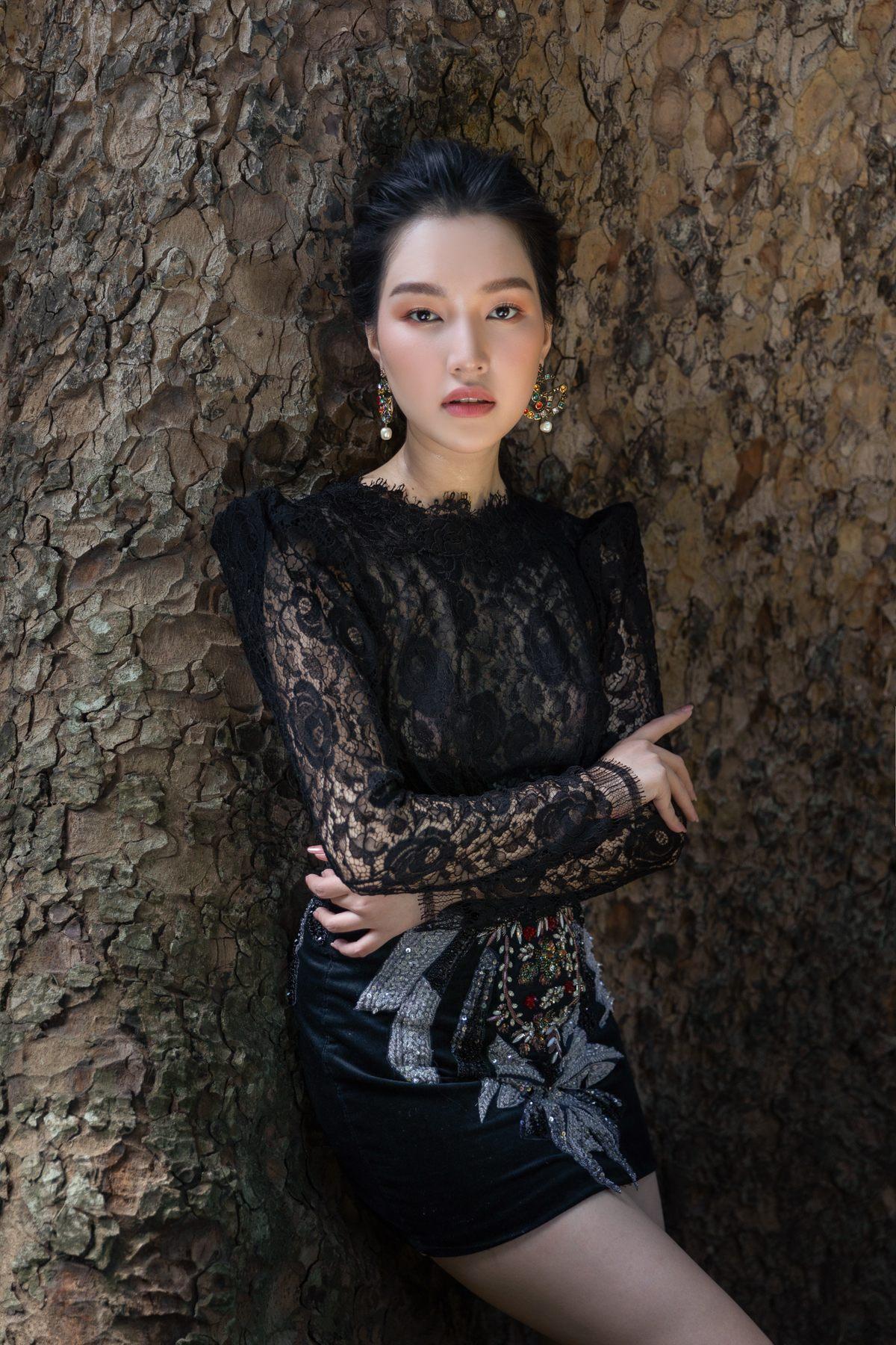 'Nàng thơ xứ Huế' Ngọc Trân cuốn hút với nét mơ màng trong loạt váy áo e ấp Ảnh 23