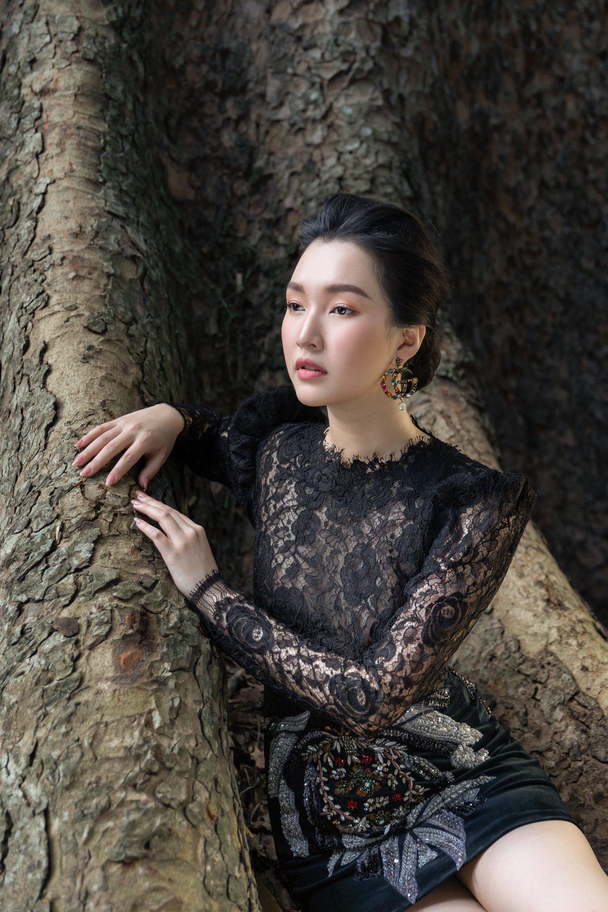 'Nàng thơ xứ Huế' Ngọc Trân cuốn hút với nét mơ màng trong loạt váy áo e ấp Ảnh 20
