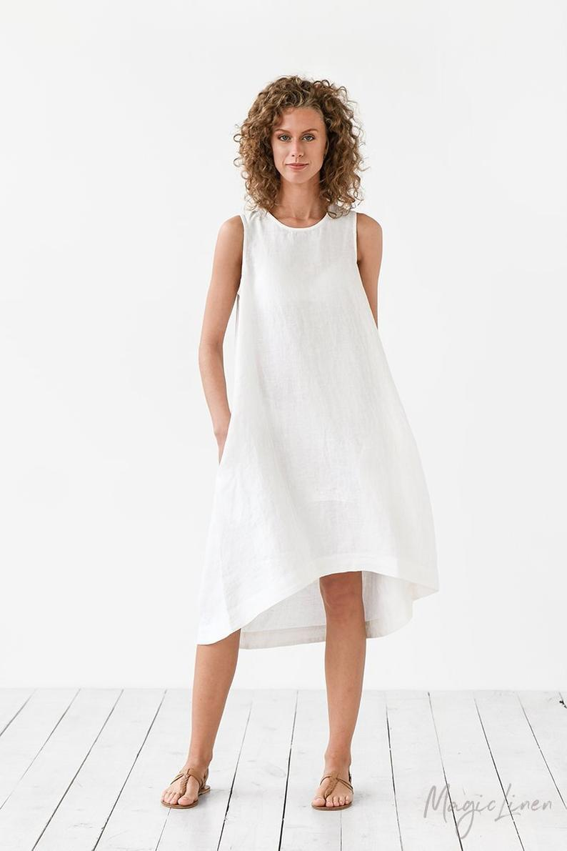 Không còn sang chảnh, Meghan Markle mặc váy 'nhăn nhúm' hơn 1 triệu đồng ra phố Ảnh 4